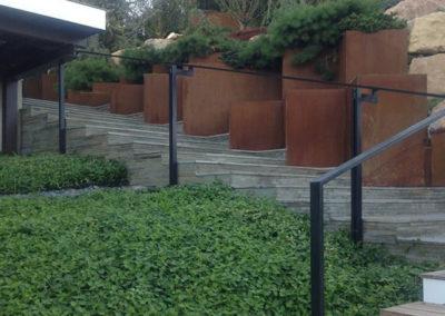 g residence walkway